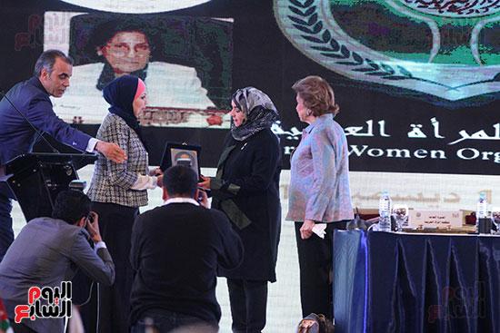 صور الاجتماع الثامن للمجلس الاعلى لمنظمه المرأه العربيه (23)