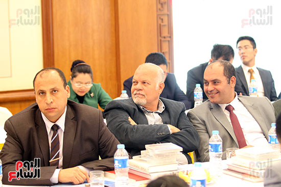 صور الصالون الصينى المنعقد فى السفارة تحت عنوان ذكرياتى مع الصين (15)