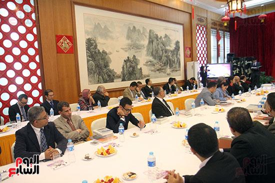 صور الصالون الصينى المنعقد فى السفارة تحت عنوان ذكرياتى مع الصين (54)