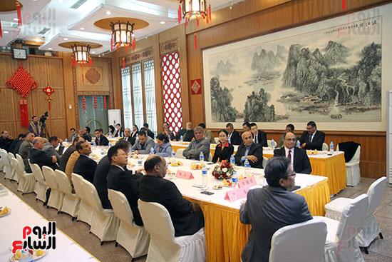 صور الصالون الصينى المنعقد فى السفارة تحت عنوان ذكرياتى مع الصين (56)