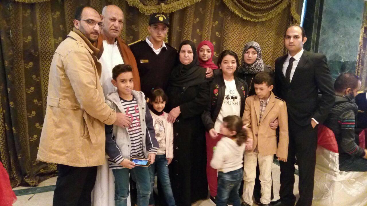11 بعض من أفراد أسرة الشهيد الرائد محمد عبد اللطيف خفاجى