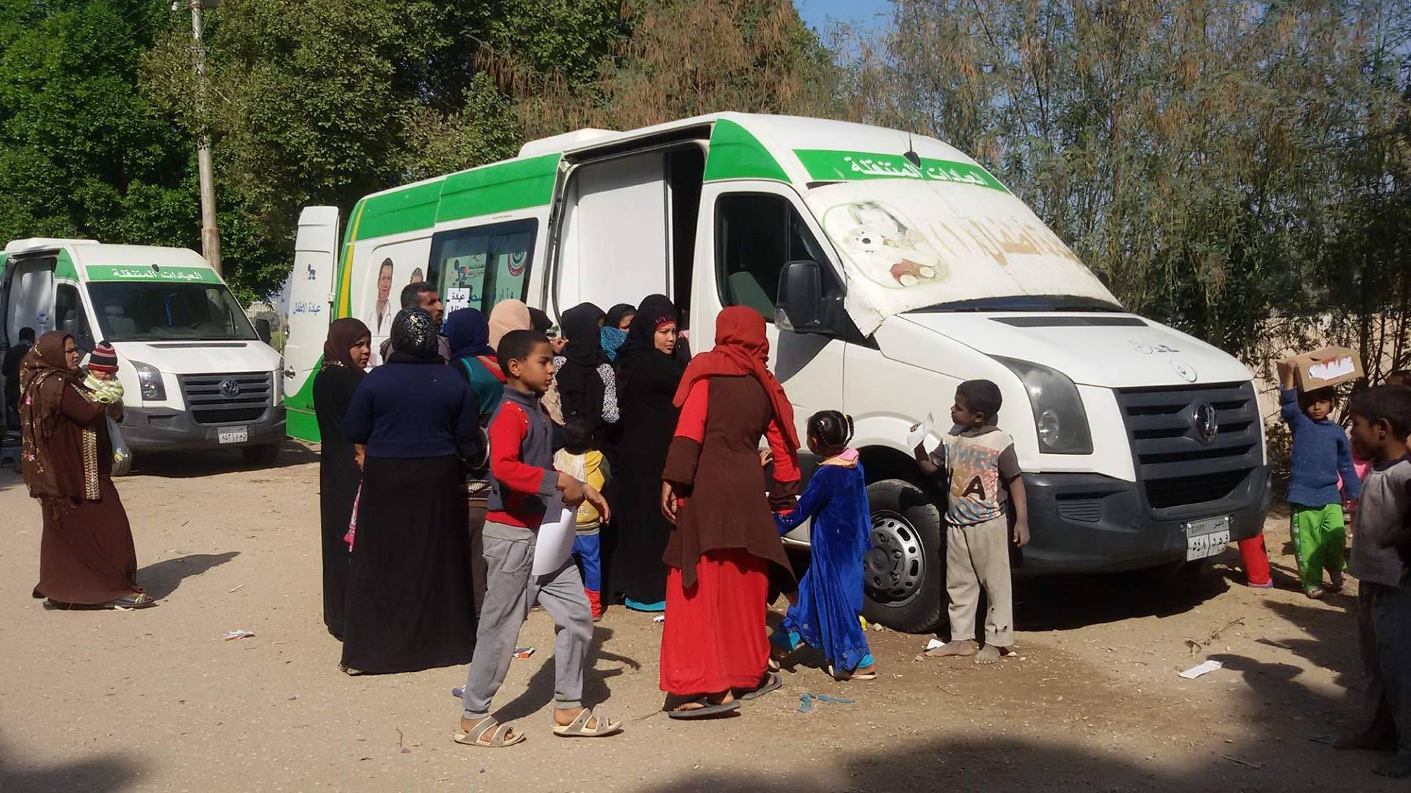 علشان تبنيها بالأقصر تعلن الكشف علي 850 مواطن في قافلة بقرية المدامود (4)