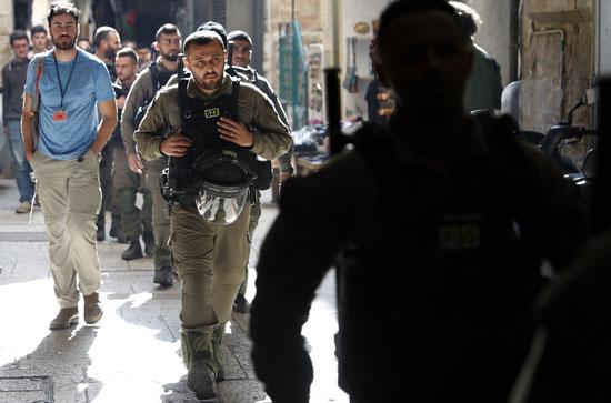 قوات الاحتلال تواجه المظاهرات الفلسطينية