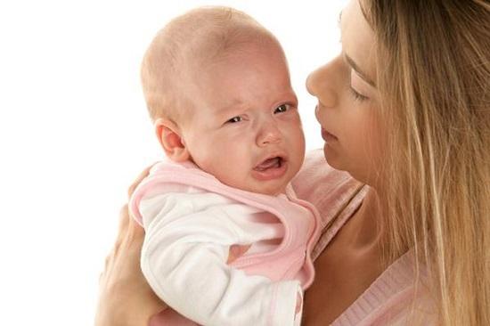 المغص عند الاطفال