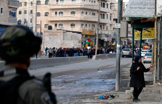 قوات الاحتلال تلجأ للعنف فى مواجهة مظاهرات فلسطينية