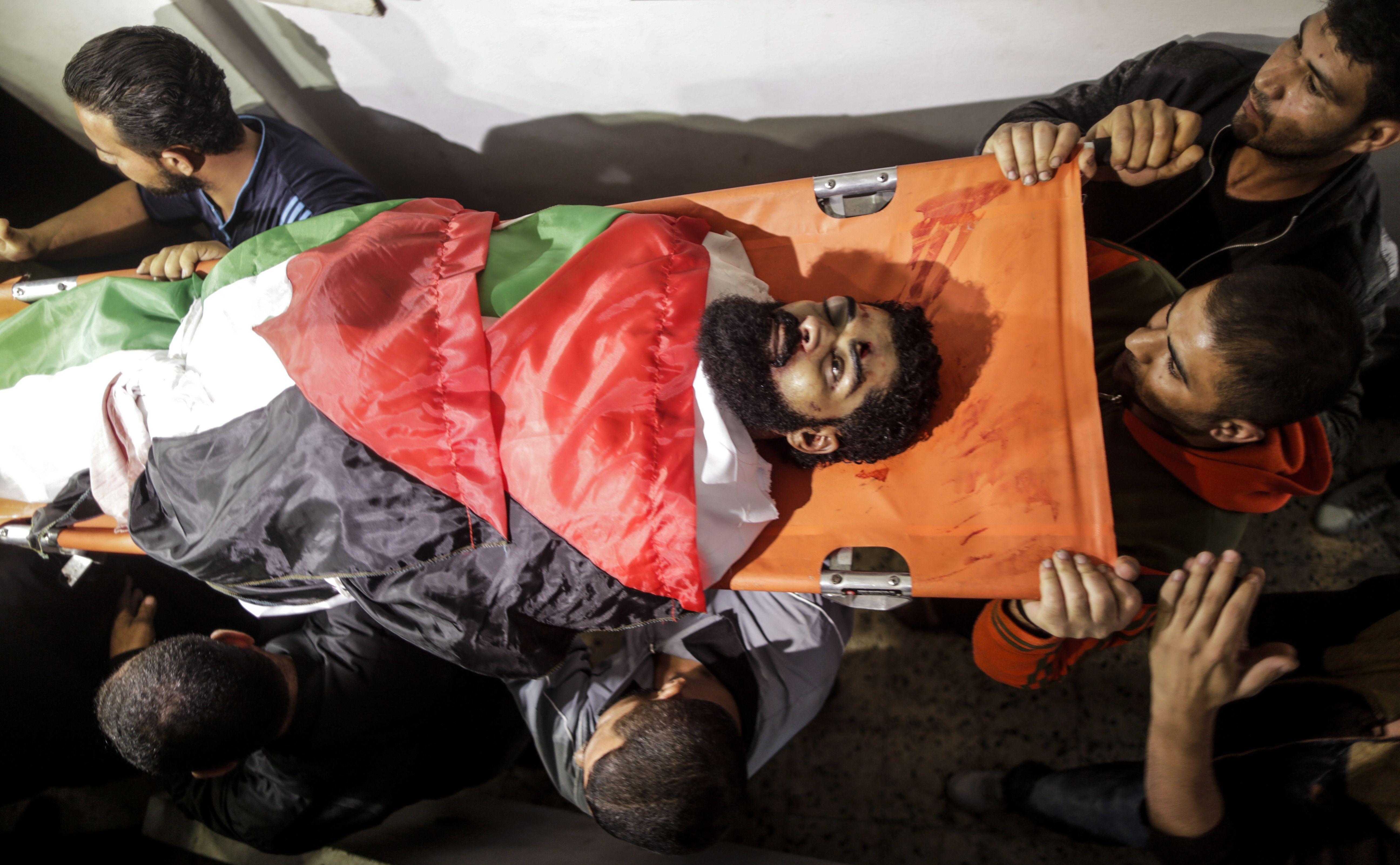 تشييع جثمان الشهيد أبو ثريا فى قطاع غزة