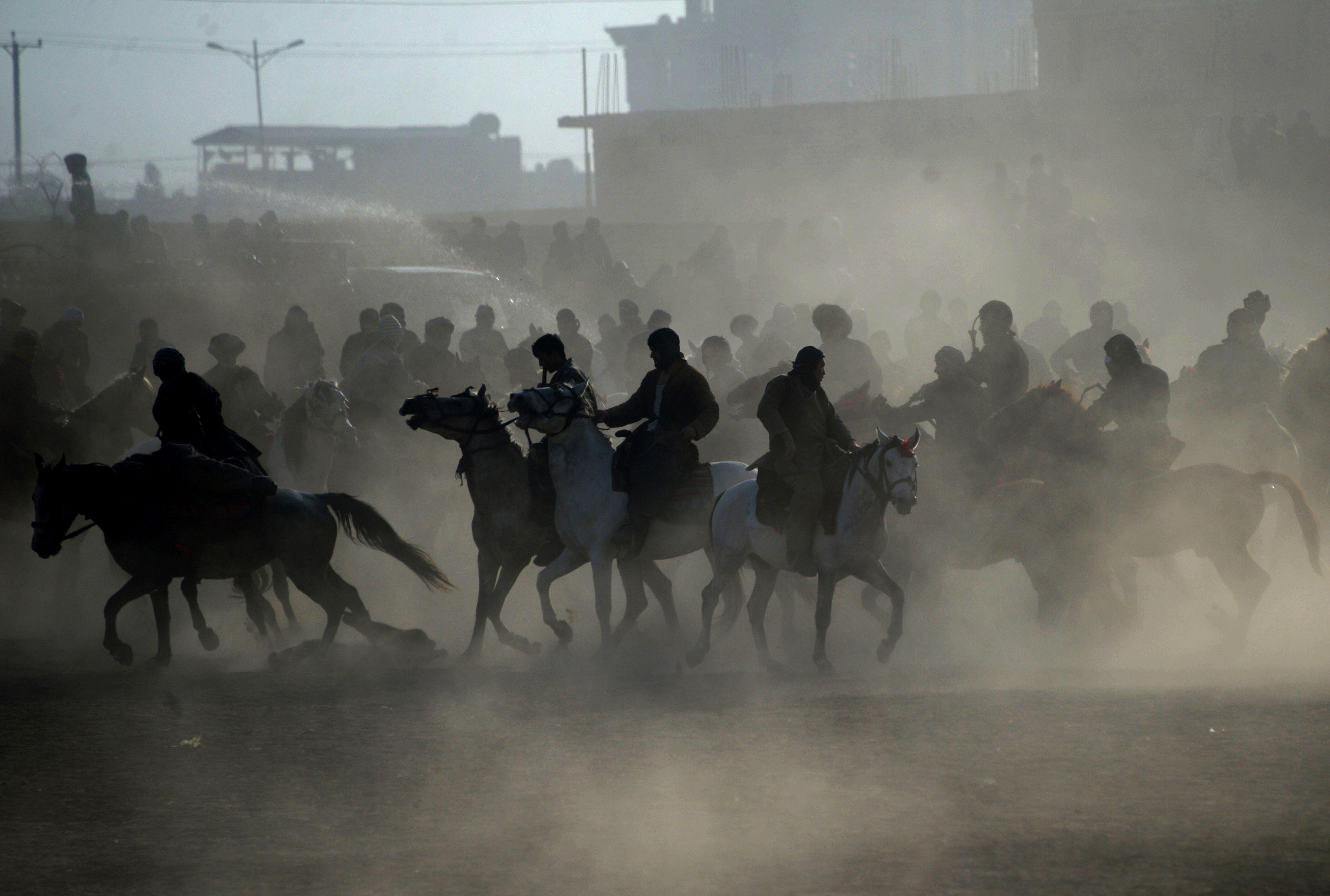 لعبة البوزكاشى الشعبية فى أفغانستان