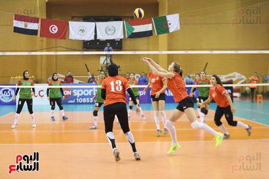 افتتاح البطولة العربية لأندية سيدات الطائرة (32)