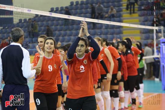 افتتاح البطولة العربية لأندية سيدات الطائرة (17)