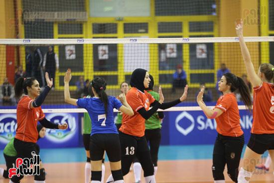 افتتاح البطولة العربية لأندية سيدات الطائرة (52)