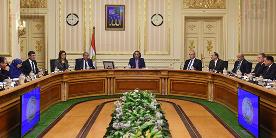 صور مصطفى مدبولى   (1رئيس الوزراء يرأس اجتماعا لمتابعة مشروعات التنمية فى الصعيد) (2)