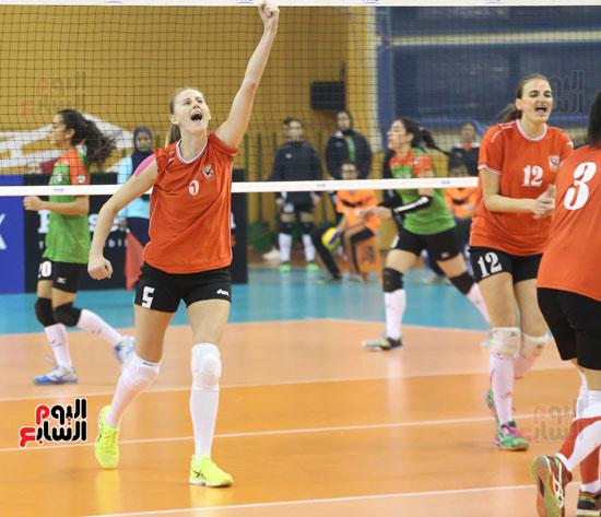 افتتاح البطولة العربية لأندية سيدات الطائرة (35)