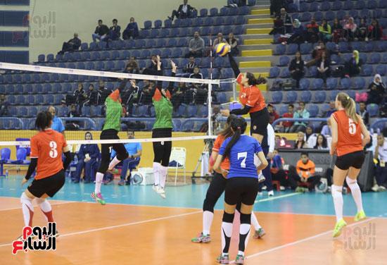 افتتاح البطولة العربية لأندية سيدات الطائرة (48)