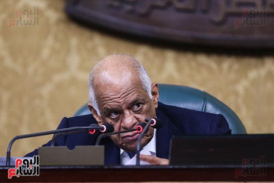 صور الجلسة العامة للبرلمان (6)
