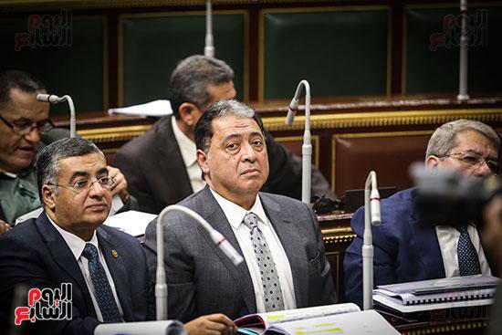 صور الجلسة العامة للبرلمان (1)