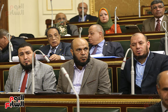 صور الجلسة العامة للبرلمان (13)