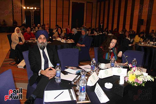 صور مؤتمر العلاقات العامة الجلسة الثانية  (11)