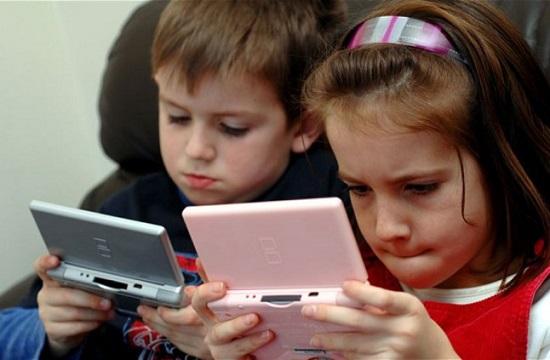 استخدام-الاطفال-الاجهزة-الرقمية