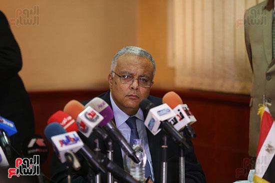 صور مؤتمر المراسلين الأجانب المنعقد بمقر الهيئة العامة للاستعلامات (15)