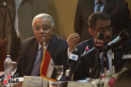 صور مؤتمر المراسلين الأجانب المنعقد بمقر الهيئة العامة للاستعلامات (31)