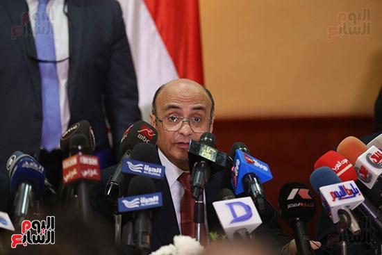 صور مؤتمر المراسلين الأجانب المنعقد بمقر الهيئة العامة للاستعلامات (16)