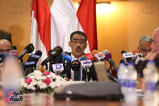 صور مؤتمر المراسلين الأجانب المنعقد بمقر الهيئة العامة للاستعلامات (25)