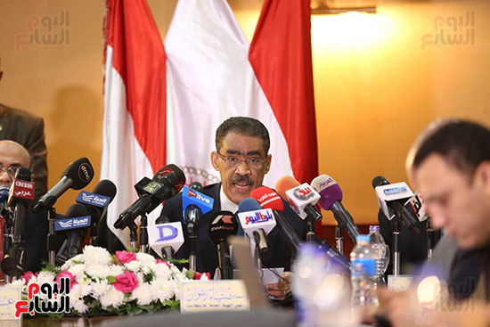 صور مؤتمر المراسلين الأجانب المنعقد بمقر الهيئة العامة للاستعلامات (27)