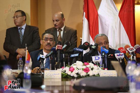 صور مؤتمر المراسلين الأجانب المنعقد بمقر الهيئة العامة للاستعلامات (11)