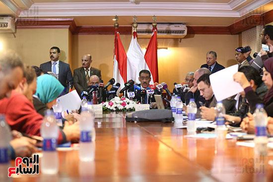 صور مؤتمر المراسلين الأجانب المنعقد بمقر الهيئة العامة للاستعلامات (26)