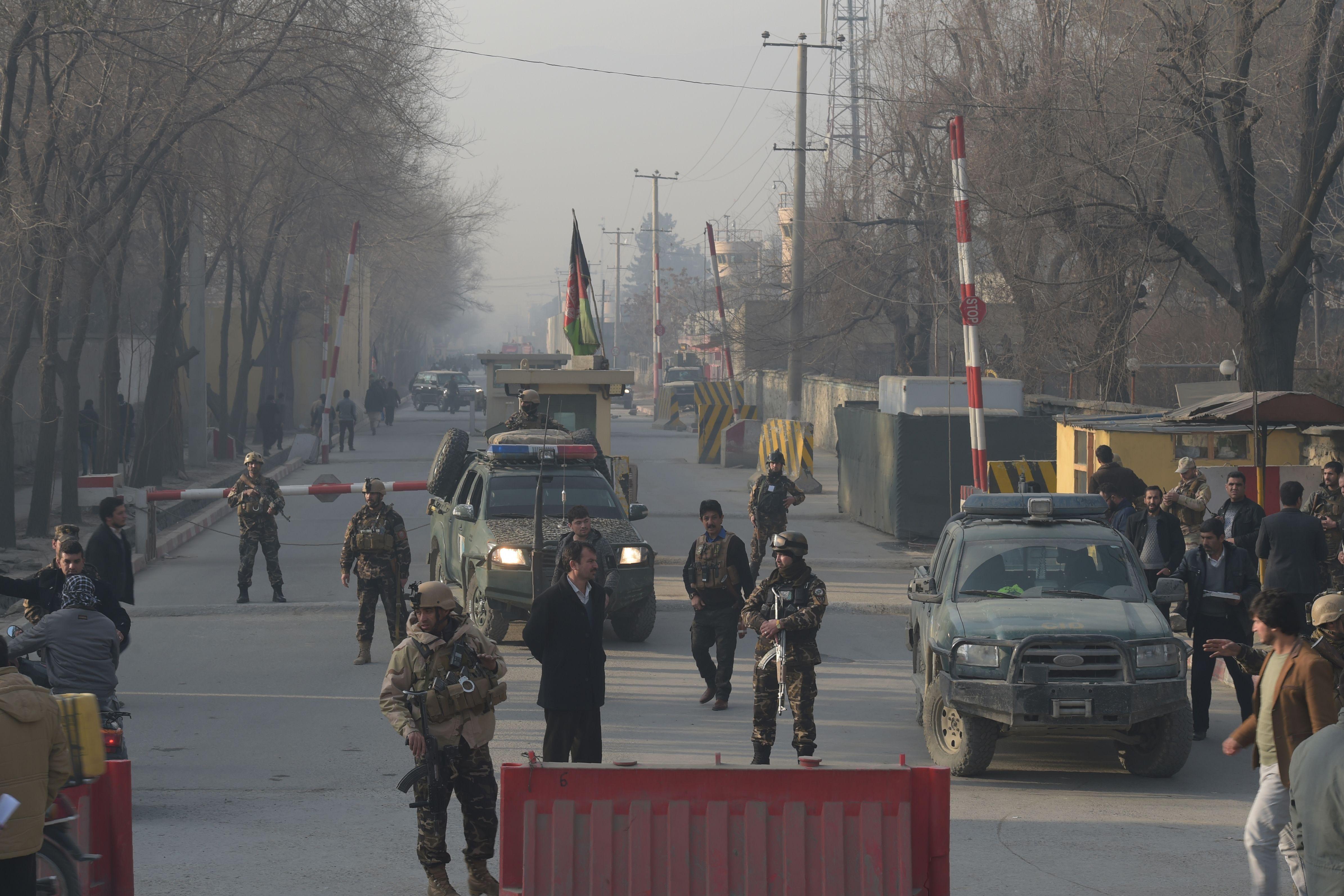 تعزيزات أمنية بمحيط مكتب المخابرات الأفغانى