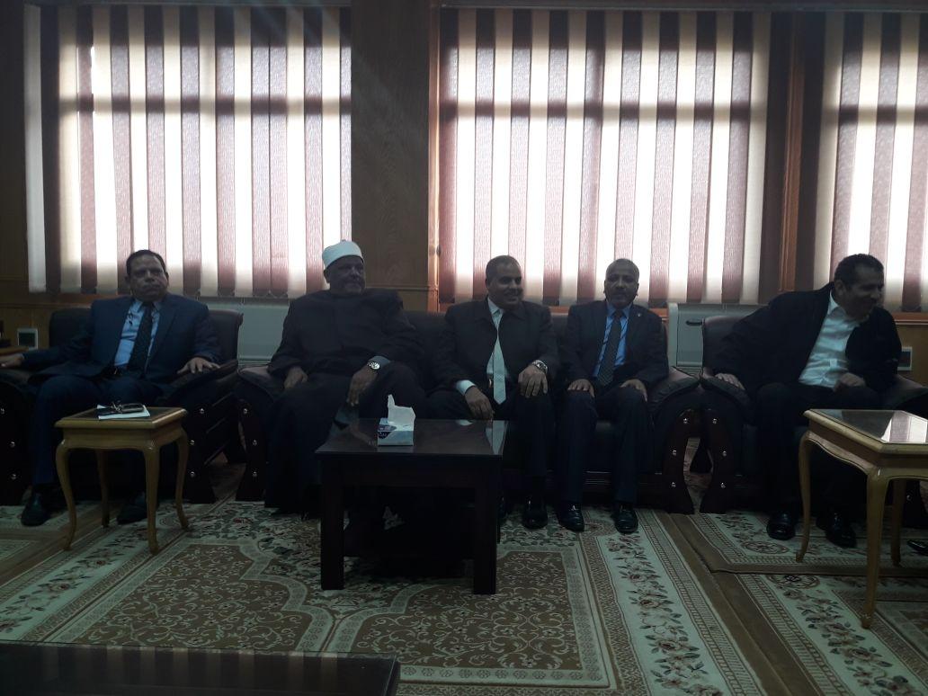 شومان والمحرصاوى يتفقدان فرع جامعة الأزهر بأسيوط (3)