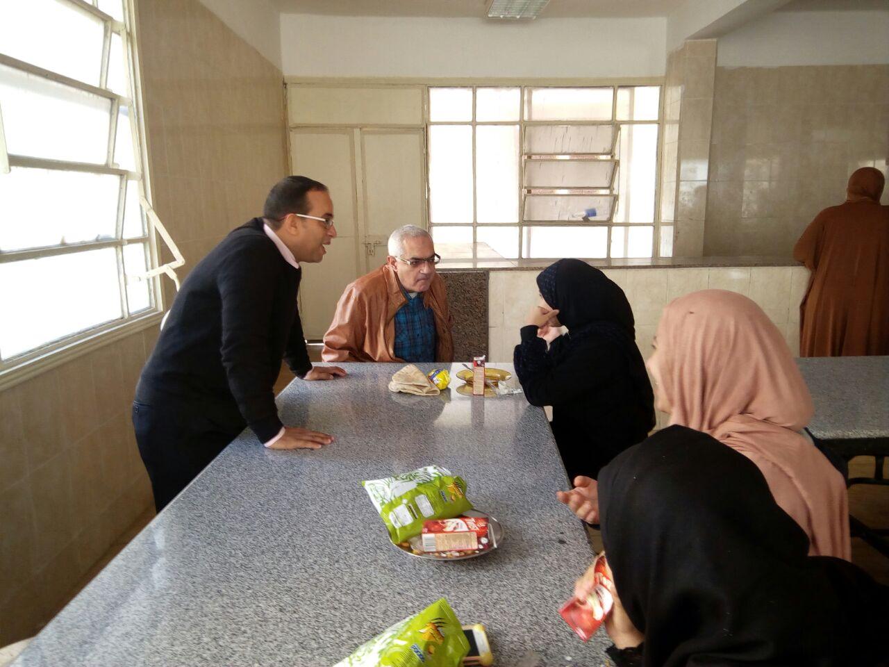 نائب رئيس الجامعة يزور مدينة الطالبات