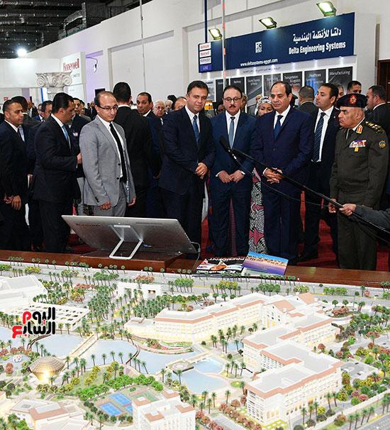 صور الرئيس عبد الفتاح السيسى (4)