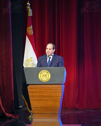 صور الرئيس عبد الفتاح السيسى (10)