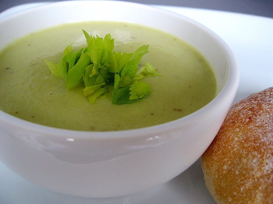 01735-celery-soup-with-potatoes-and-cream
