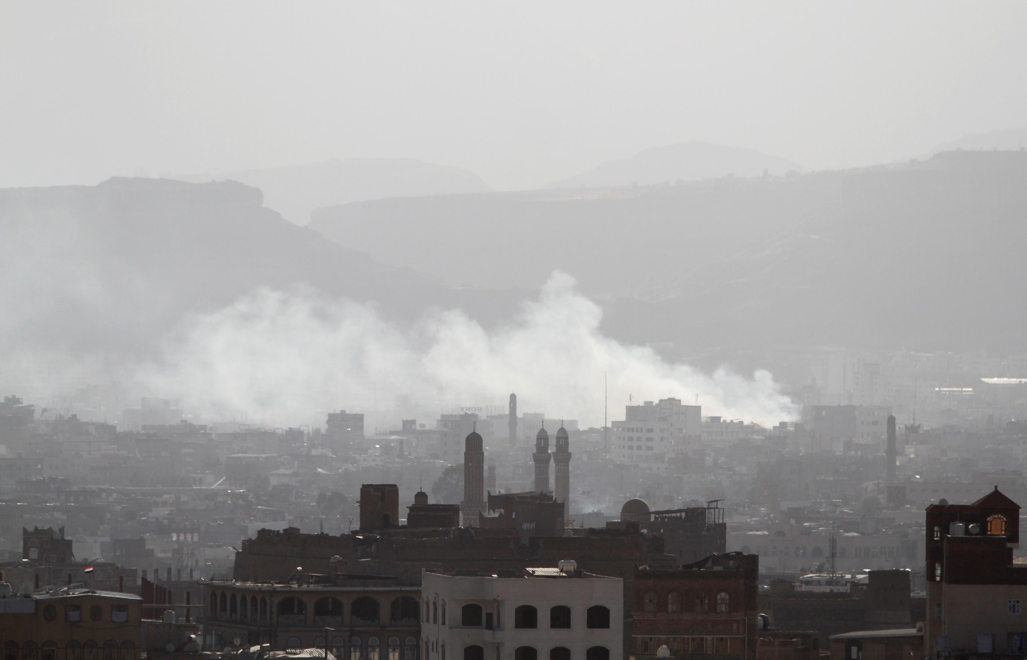 تفجير منزل على عبدالله صالح بصنعاء