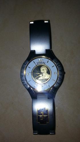 ساعة من نوع جوفيال
