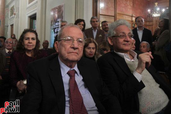 صور حفل توقيع كتاب لمحمد سلماوى (3)