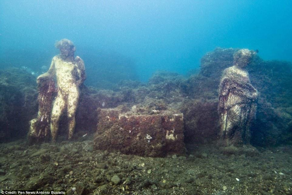 اكتشاف مدينة رومانية قديمة غارقة  (1)
