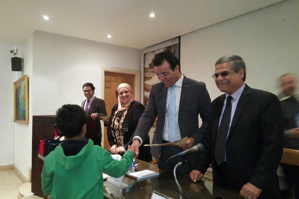 المجلس الأعلى للثقافة يكرم طلاب المدرسة  الفائزة بمسابقة تحدى  (6)