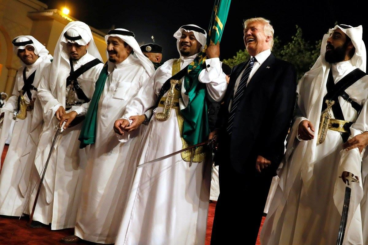 ترامب مع الملك سلمان فى زيارة الوعود الزائفة بالحرب على الإرهاب