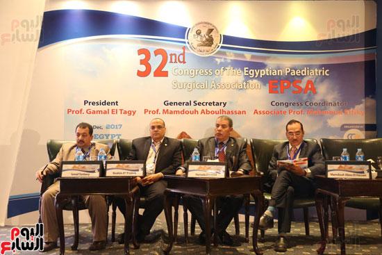 صور مؤتمر الجمعية المصرية لجراحة الأطفال (6)
