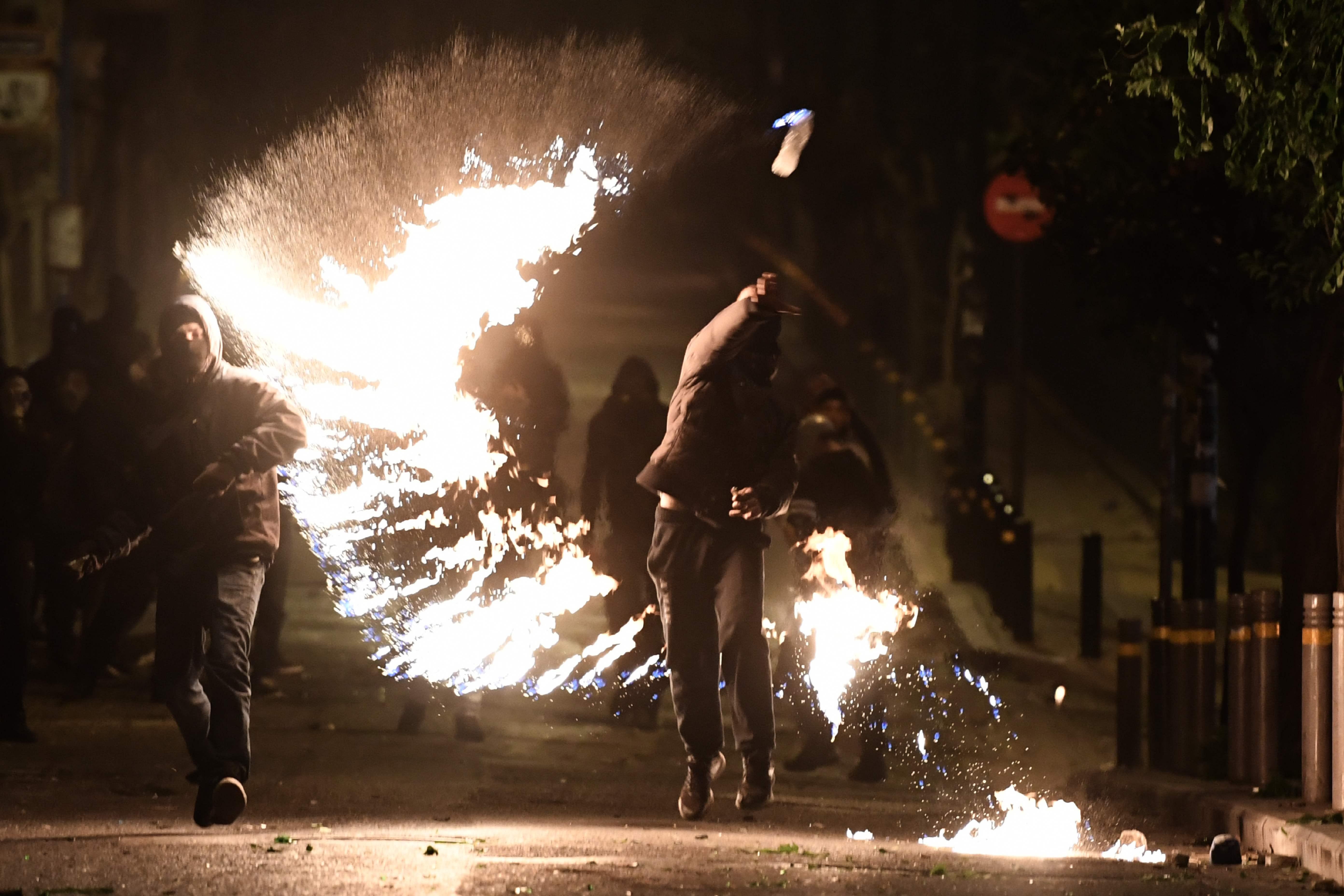 احتجاجات فى اليونان