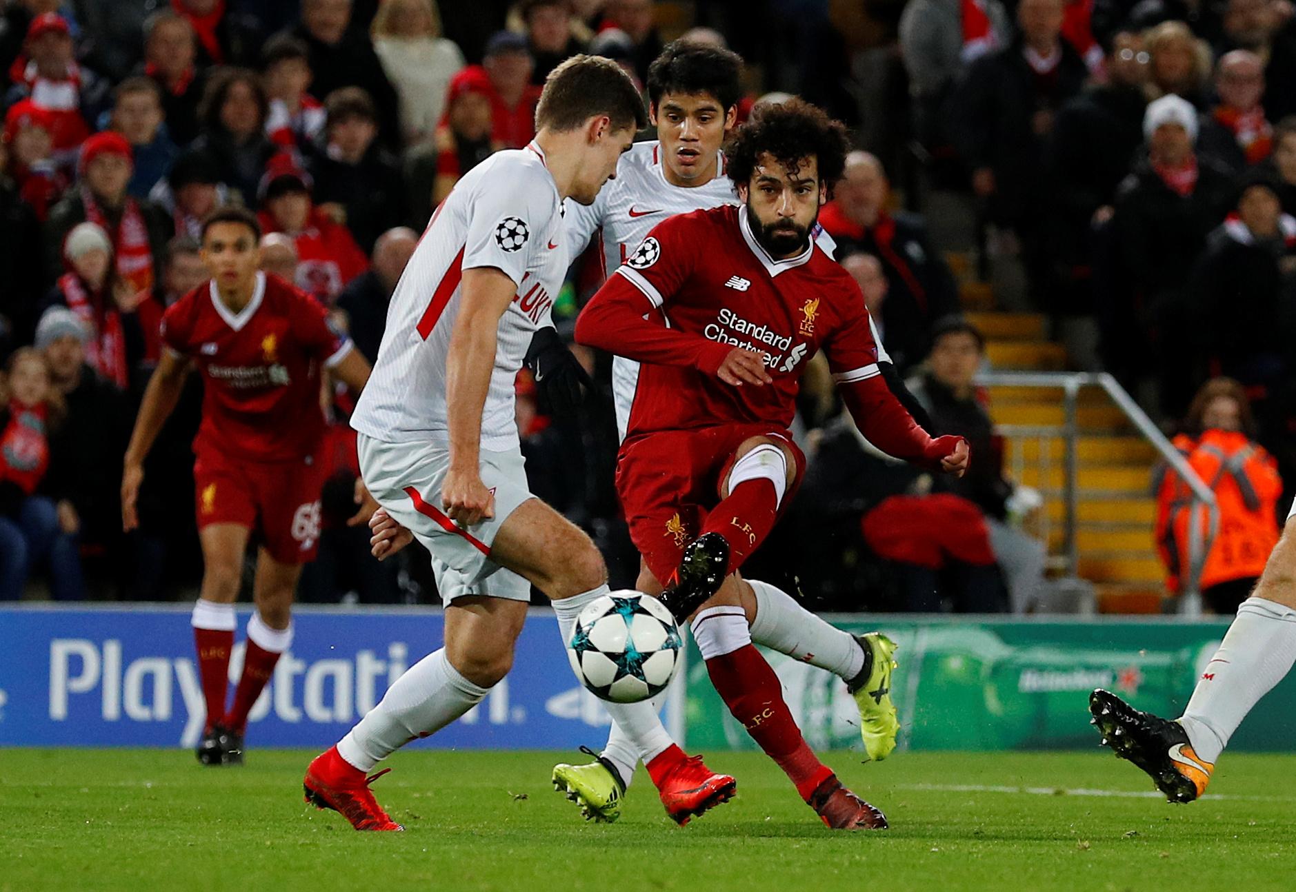 محمد صلاح يتألق ويسجل فى مباراة ليفربول وسبارتاك موسكو  (7)