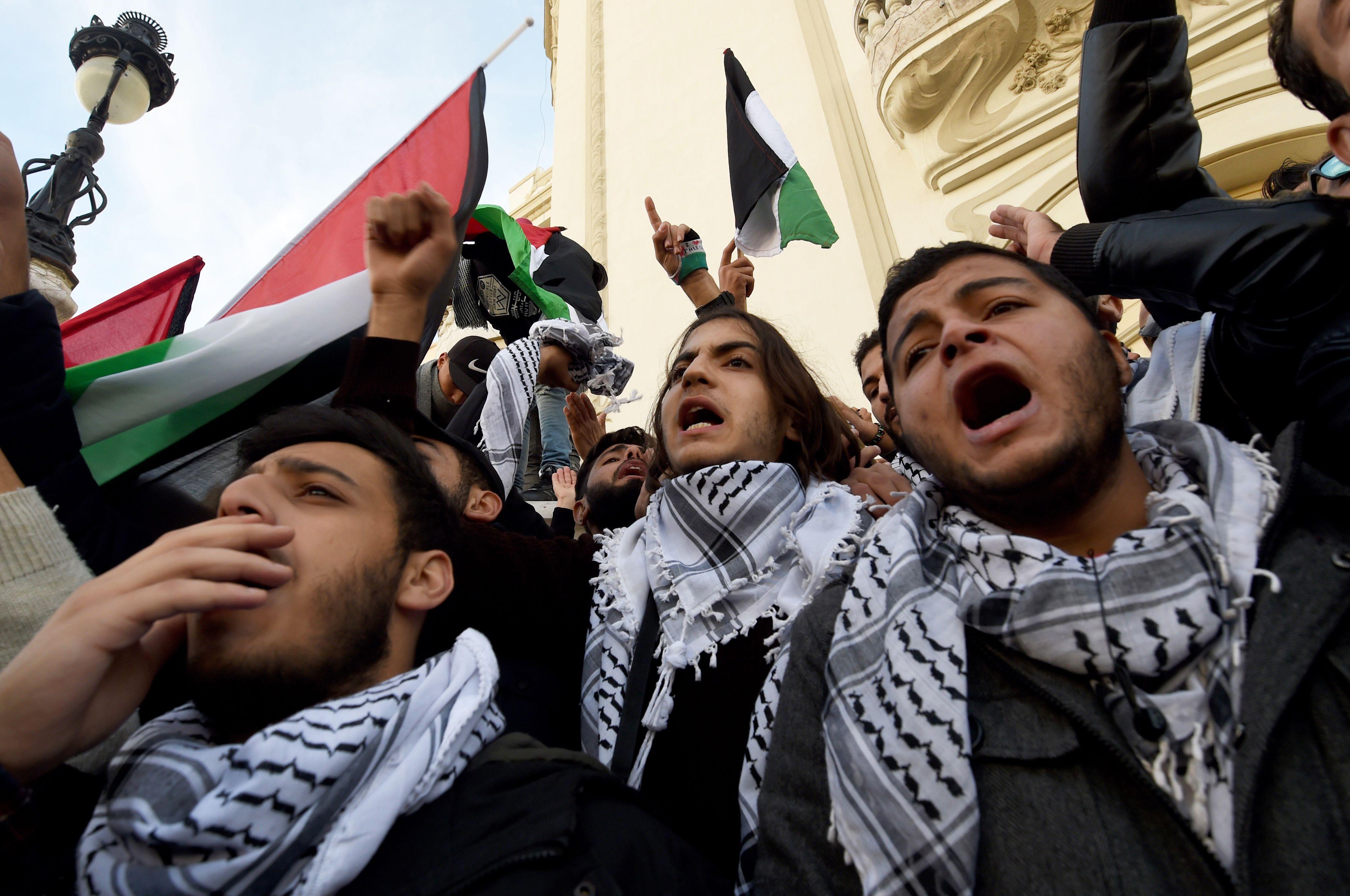 جانب من التظاهرات التونسية