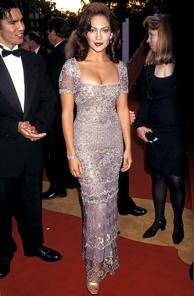 جينفر فى أول ظهرو لها سنة 1997