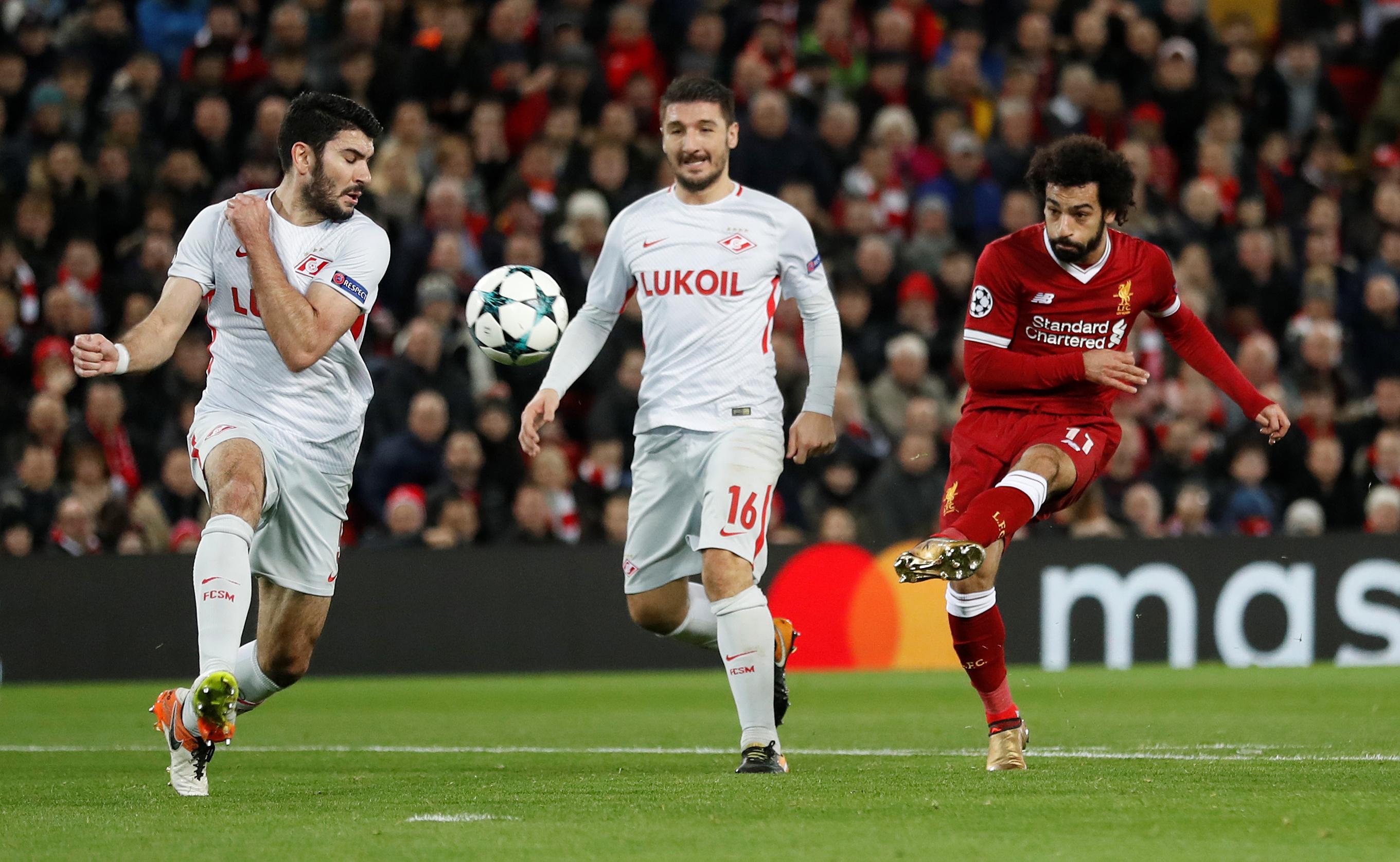 محمد صلاح يتألق ويسجل فى مباراة ليفربول وسبارتاك موسكو  (4)