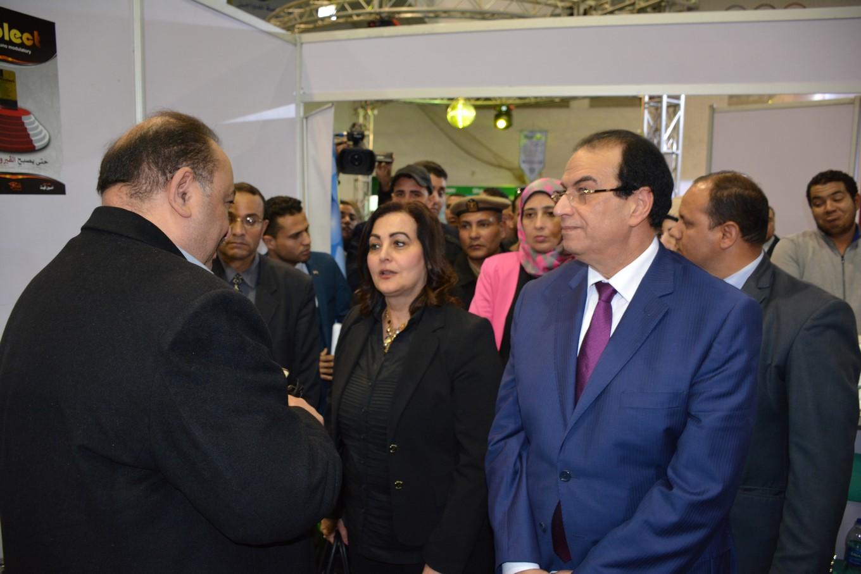 نائب وزير الزراعة ومحافظ الدقهلية (4)