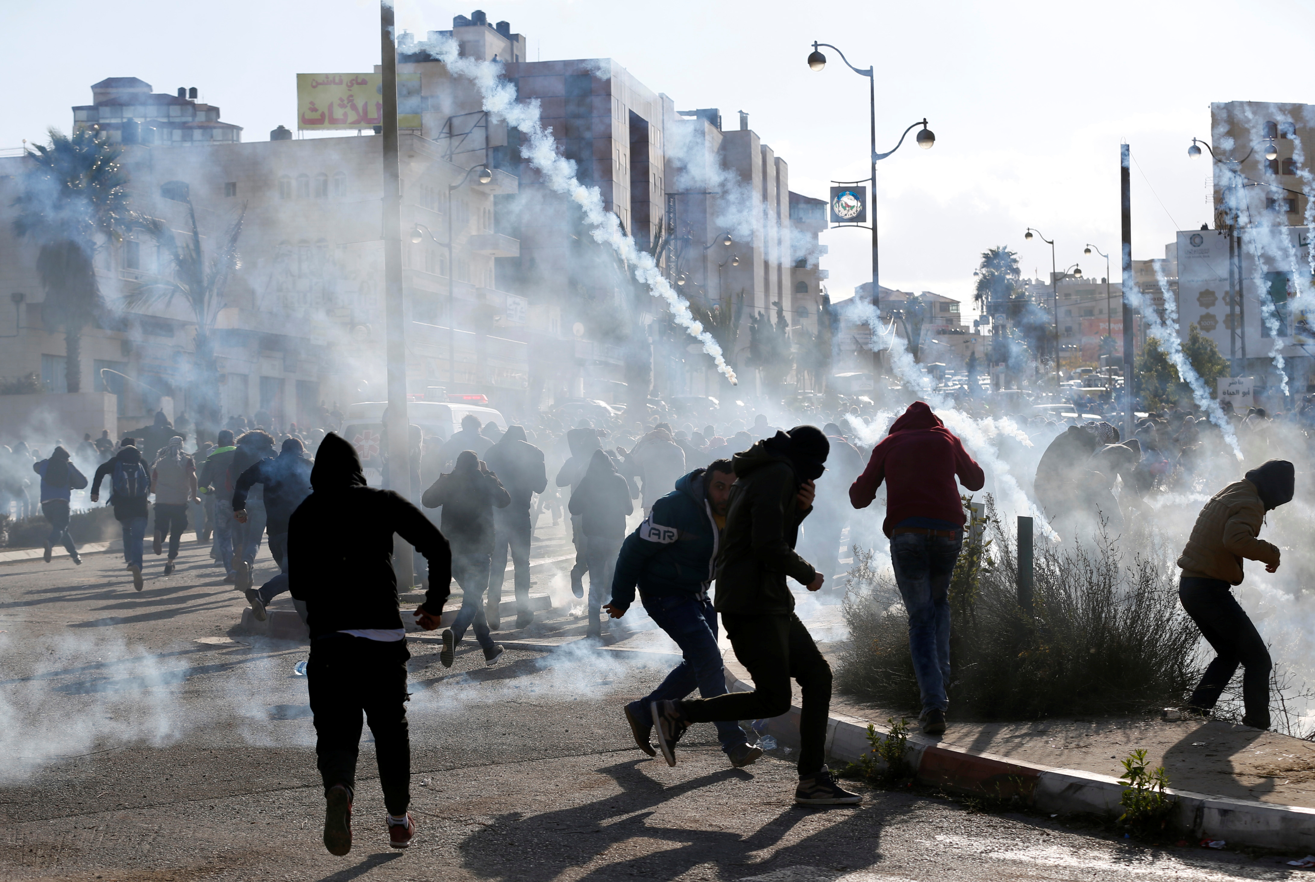 اشتباكات عنيفة بين قوات الاحتلال والفسطينين