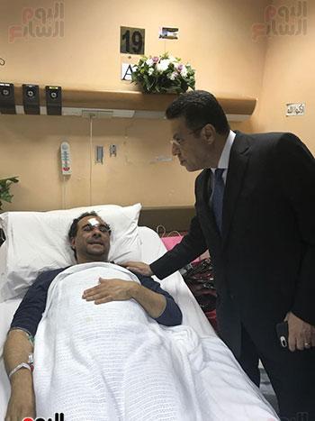 صور وزيرة الهجرة للمواطن المصرى بالكويت (5)